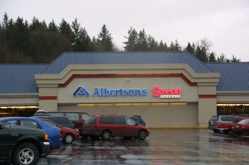 Albertsons 476 was designed by Freiheit and Ho and built by WG Clark Construction