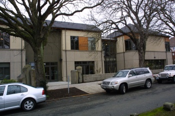 Bnai Brith Hillel Foundation was designed by Miller Hull and built by GLY Construction